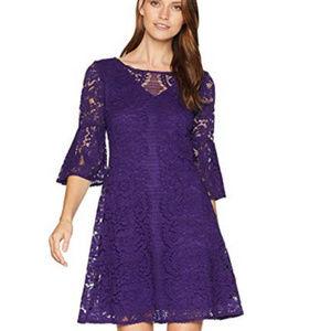 Gabby Skye Scallop Lace Pattern Dress